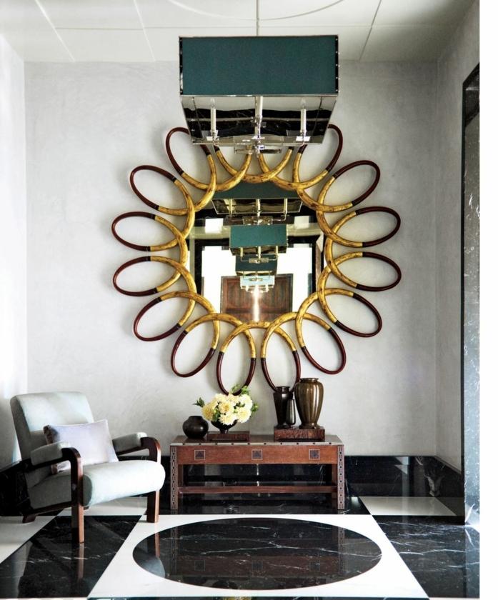 espejo de diseño espectacular, salon con muebles vintage, sillón tapizado en terciopelo y decoracion con espejos