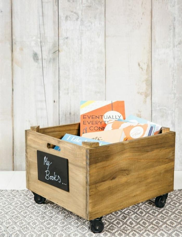 como almacenar tus libros y revistas en casa, caja de madera decorada en ruedas, manualidades practicas y originales