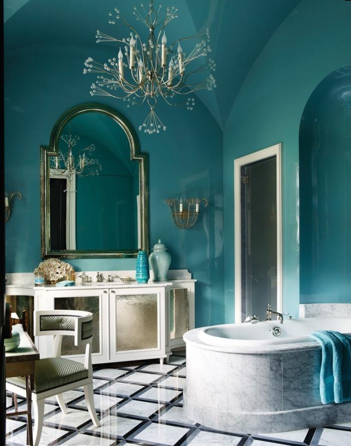 baño de estilo en estilo vintage, espejos vintage para decorar el cuarto de baño, paredes color turquesa