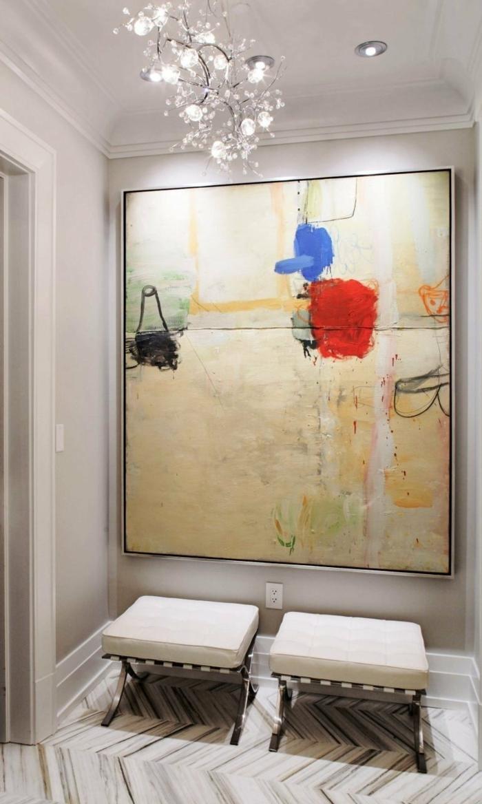 propuesta elegante de recibidor decorado con mucha luz, recibidores con pinturas, espacio moderno y acogedor