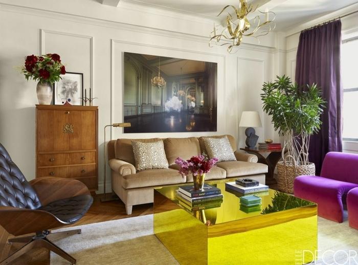 sala de estar en estilo minimalista en colores llamativos, decoración de flores y plantas verdes, salones de diseño original