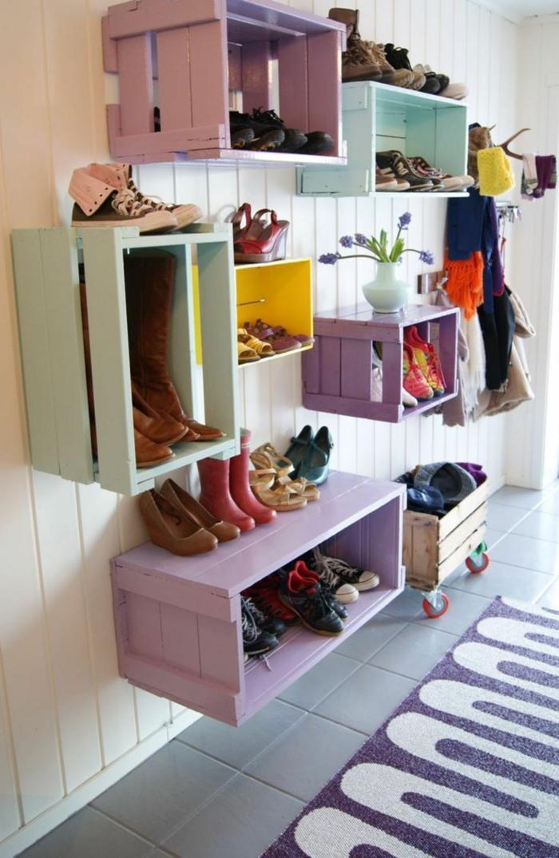 manualidades con caja de madera, cajas de fruta para almacenar zapatos pintadas en colores pastel