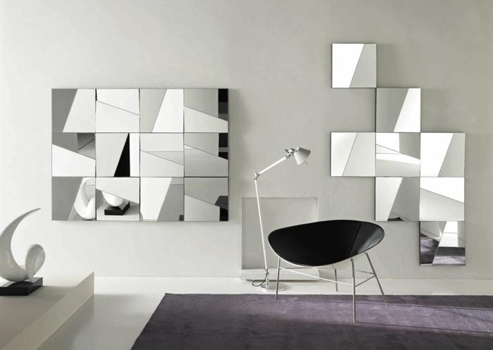 habitación en estilo minimalista en blanco con alfombra en color lila, decoración de espejos plateados de forma cuadrada