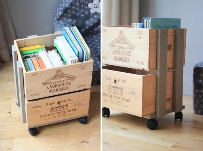estantería de ruedas, cajas madera decoradas para amueblar el hogar, ideas prácticas y originales DIY