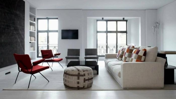 salon grande y espacioso, como decorar un salon en estilo minimalista, decoración en blanco, beige y rojo