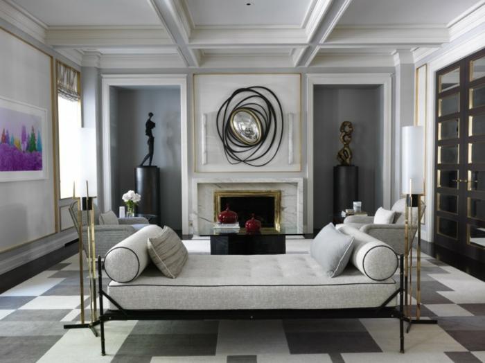preciosa decoración en gris y blanco con detalles en dorado, salon gris y blanco con elementos vintage y pintura en color