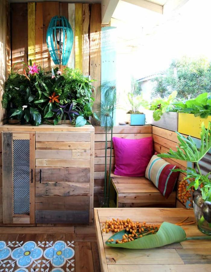 1001 ideas de decoraci n con sof s y sillones con palets for Muebles de terraza madera