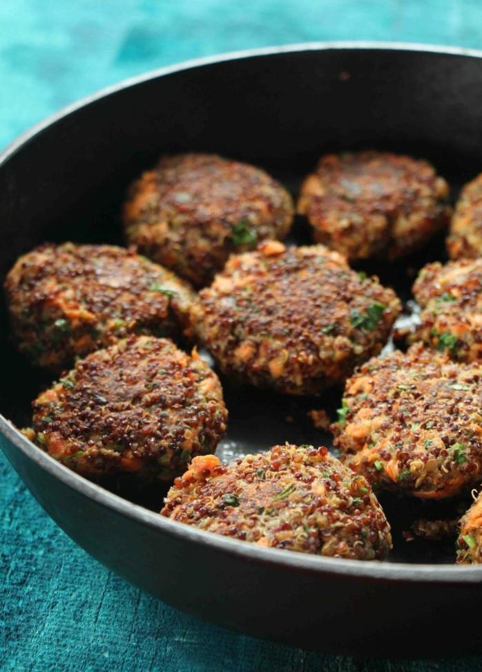 albondigas casera hechas de quinoa y salmón paso a paso, propuesta de recetas de quinoa ricas y sanas