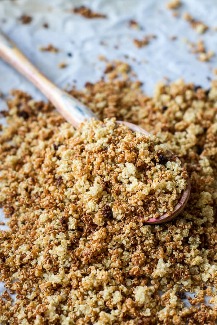 como hacer un empanado de quinoa paso a paso, quinoa cocida y migas de pan, quinoa recetas faciles