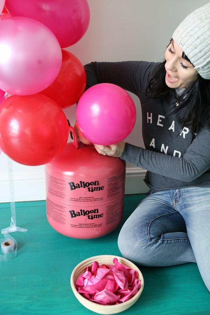 cono inflar globos con englobadora, arcos de globos hechos a mano paso a paso, globos en color rosado y rojo
