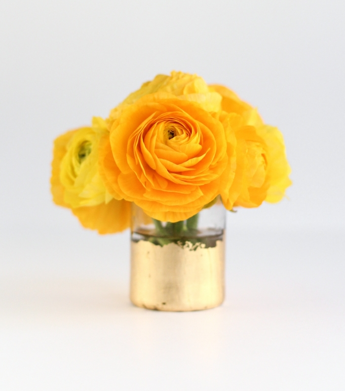jarrón decorativo DIY de encanto, tarros de cristal decorados en dorado, ideas originales para decorar el hogar