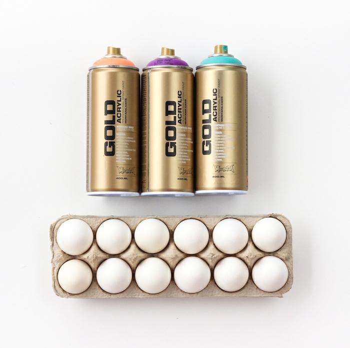 decoración original de huevos con spray acrílico, manualidades huevos de pascua pasos a paso, huevos con efecto ombre en diferentes colores