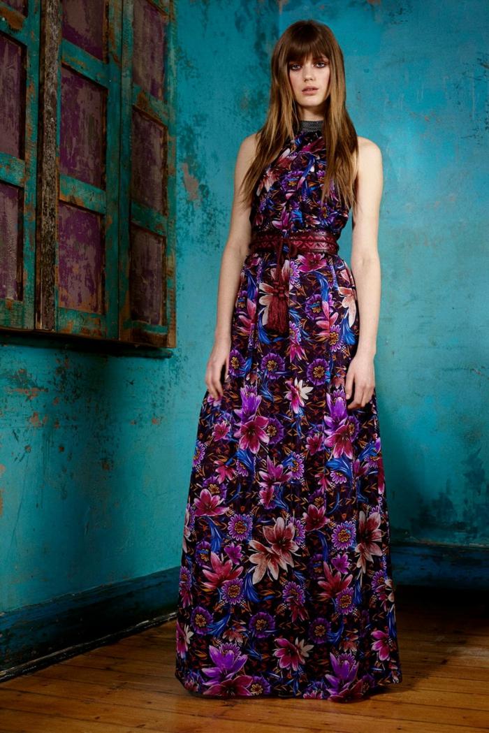 vestidos largos hippies en estampado de flores, últimas tendencias vestidos boho chic 2018, vestido en lila y azul