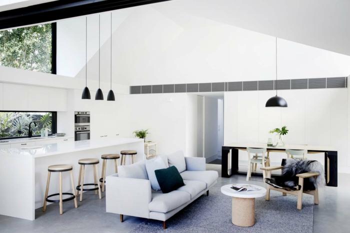 decoracion salon pequeño, como aprovechar el espacio al máximo en un espacio abierto, muebles y paredes en colores claros estilo moderno