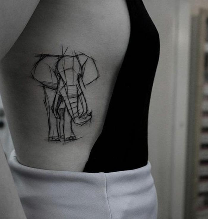diseños de tatuajes esbozados, tatuajes en las costillas, grande elefante dibujado con tinte negro, idea original y divertida
