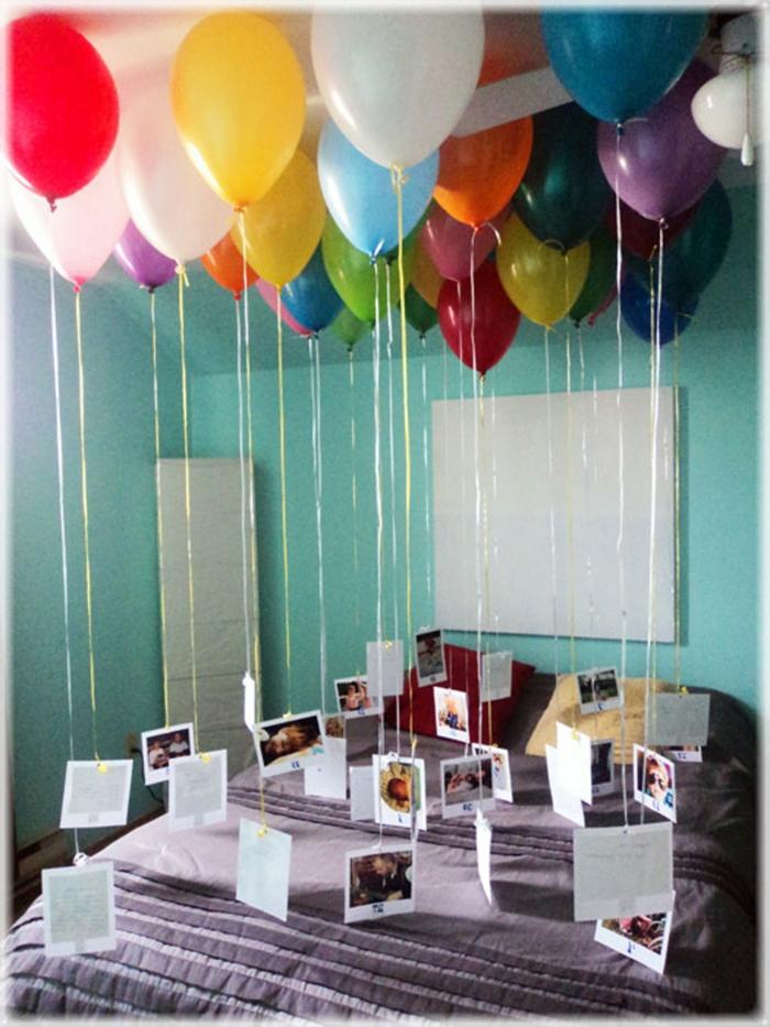 idea original sobre como sorprender a tu pareja en el día de su cumpleaños, decoracion fiesta cumpleaños en el dormitorio
