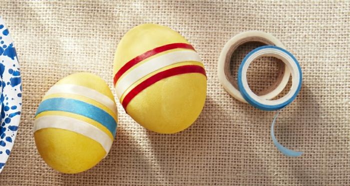 técnica facil y original de decorar huevos, huevos de pascua para colorear con decoración de cinta adhesiva en diferentes colores