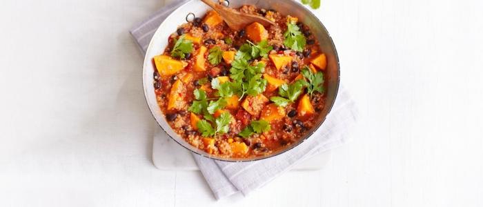 cocido con quinoa negra, salsa de tomate y calabaza, ideas ricas de comidas rapidas y faciles con quinoa