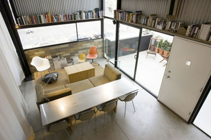 espacio compacto y funcional, salon comedor decorado en tonos claros, decoracion de salones pequeños ideas originales