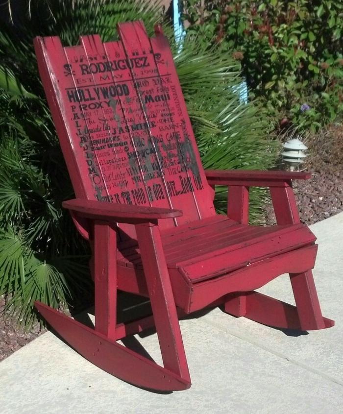 1001 ideas de decoraci n con sof s y sillones con palets for Sillon jardin madera