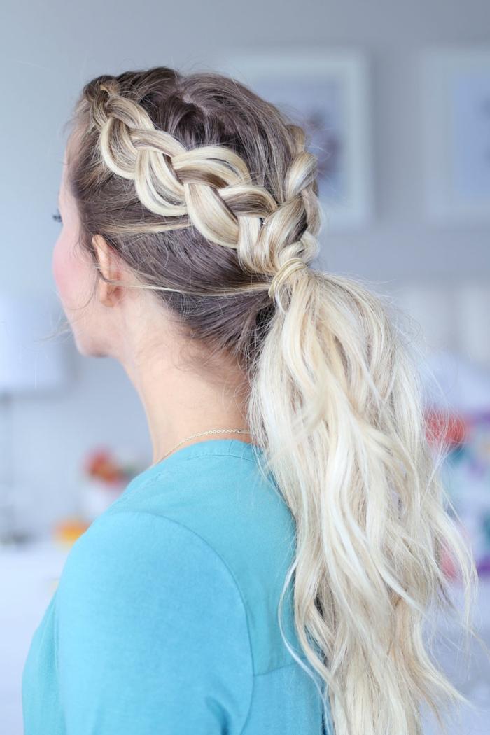 precioso recogido con trenzas, peinados faciles pelo largo, cabello largo ondulado castaño con mechas rubias