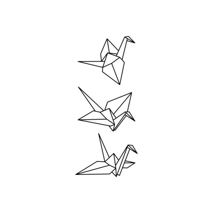 diseños originales de tatuajes para hombre y mujeres, aves de papel en pleno vuelo, ideas tatuajes de mujer