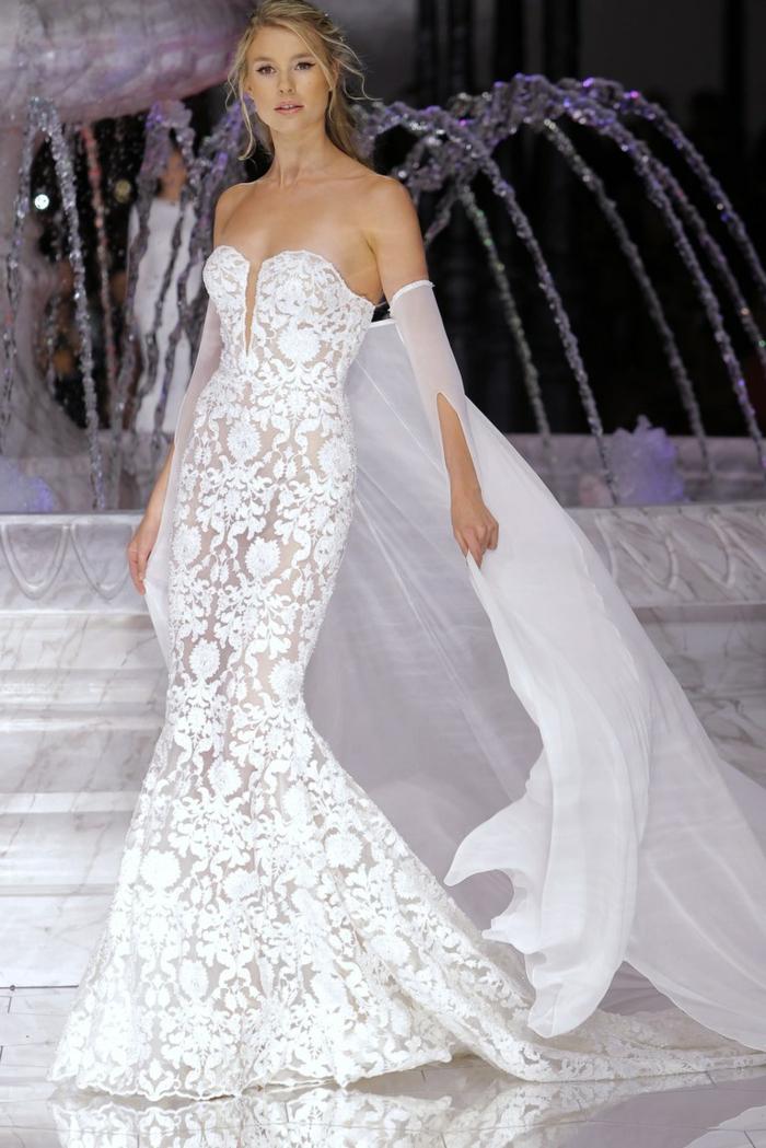 preciosa propuesta vestido de novio de encaje de corte sirena con bonito visillo, vestidos de novia baratos y bonitos