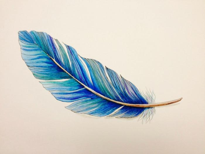 diseños de tatuajes bonitos dibujados en papel, bonito diseño de pluma en azul, tendencias tatuajes para hombres y mujeres
