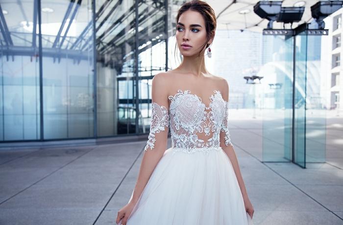 modelos de vestidos de novia baratos, corte princesa parte superior semitransparente y mangas caidas