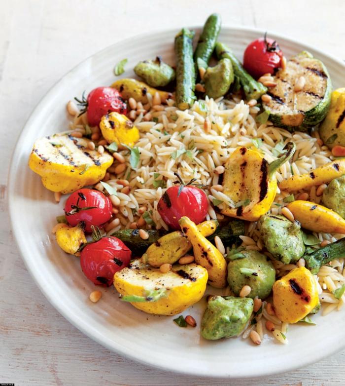 ejemplos de comidas rapidas y faciles para preparar en verano, legumbres a la parilla con arroz cocido
