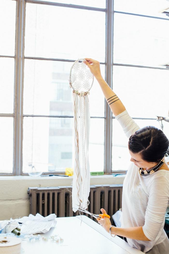 atrapasueños de crochet de encanto paso a paso, manualidades originales para decorar el hogar con tutorialas