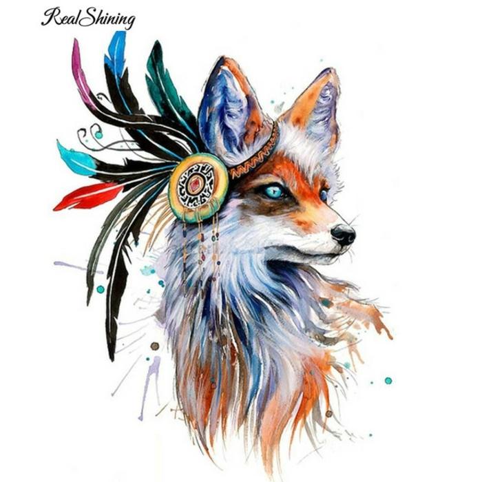 dibujos de tatuajes originales con pintura acuarela, plumas tatoo atractivos, zorro con plumas indias, tatuajes acuarelas originales