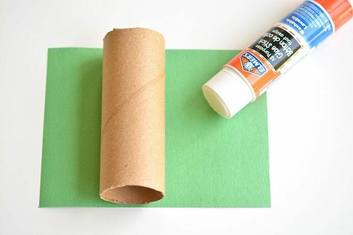 manualdiades para niños, pasos para hacer un dragón de tubos de cartón, manualidades rollo papel higienico paso a paso