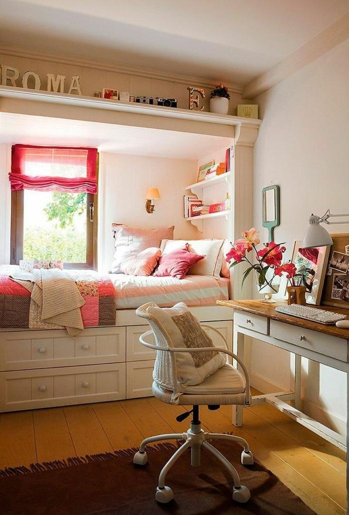 habitación juvenil acogedora decorada en tonos neutrales y pasteles, cuartos de niñas con escritorios y decoración moderna
