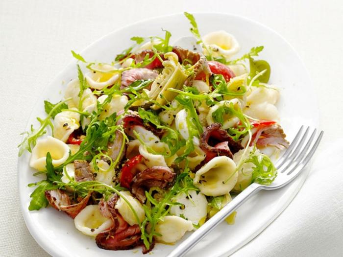 como preparar una cena cena rica y facil para el verano, ensalada con mariscos y rúcola paso a paso