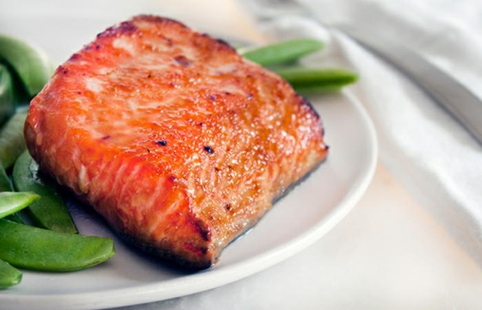 filete de salmón a la plancha con frijoles verdes, ejemplos de recetas faciles y saludables para hacer rápido