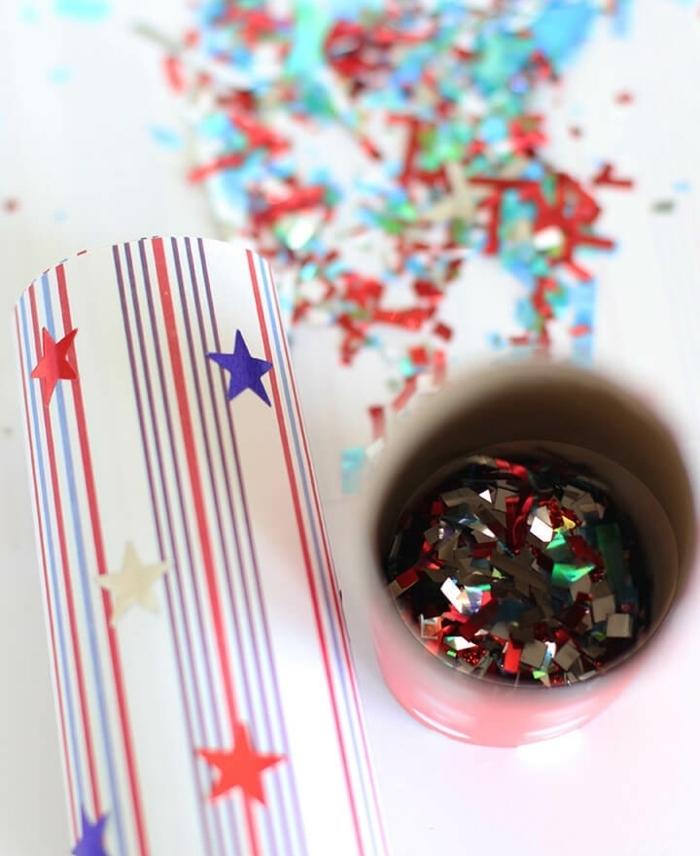 como hacer tubos con confetti decorativos paso a paso, rollos de papel higiénico con papel estamapada, manualidades con tubos de papel higienico