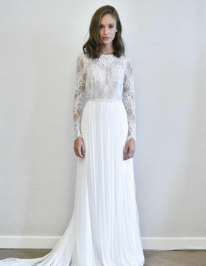 vestido bonito en color blanco nuclear con larga falda en pliegues y parte superior cerrada de encaje, vestidos de novia cortos y largos 2018