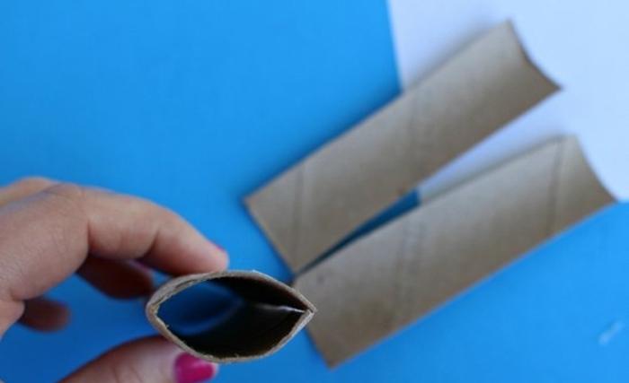 como hacer una calabaza decorativa de papel y tubos de cartón, manualidades con tubos de papel higienico paso a paso