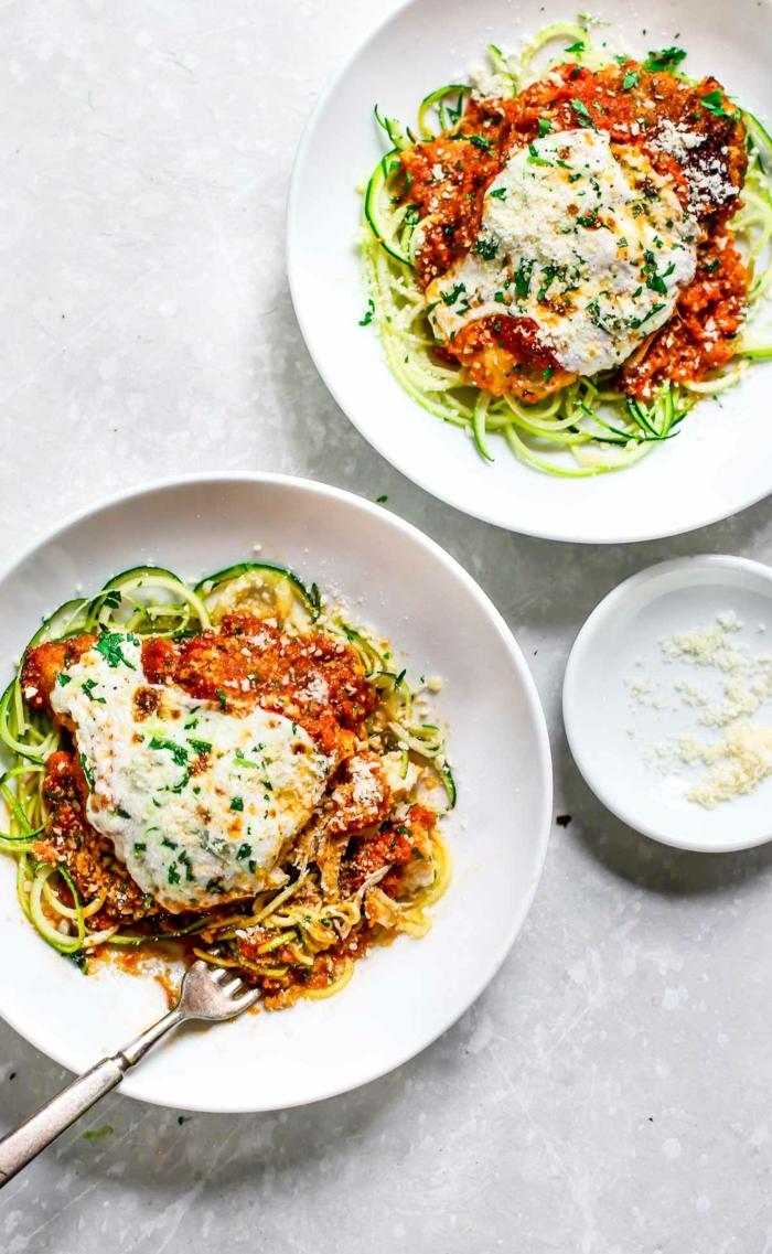 recetas para cenas sabrosas, rapidas y faciles de hacer, pasta con ralladuraas de calabacines y parmesano