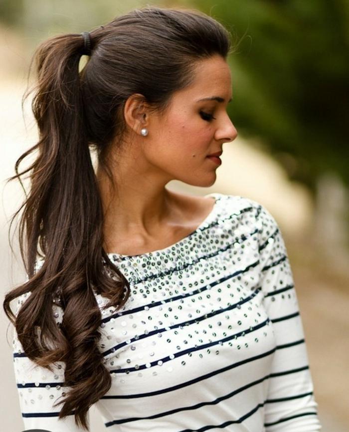 coletas pelo largo y ondulado, como hacer una cola bonita y moderna, peinados con cola alta tendencias 2018