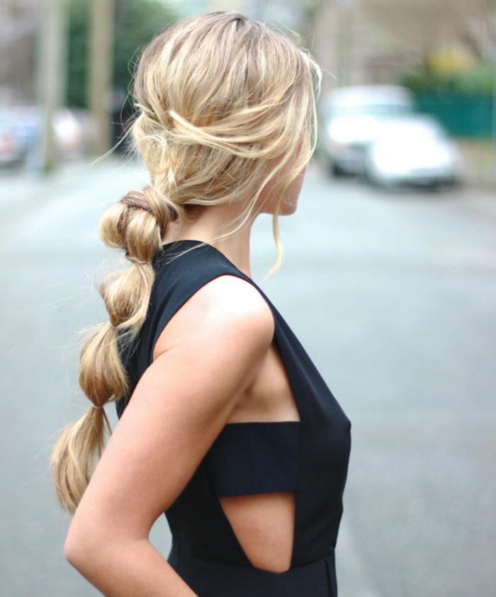 coleta de burbuja de encanto con pelo largo y grueso, coletas para bodas y eventos oficiales