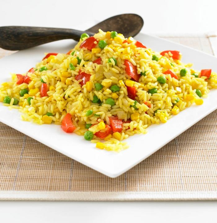 propuesta simple y sabrosa de recetas faciles y economicas, arroz con huevos y verduras paso a paso