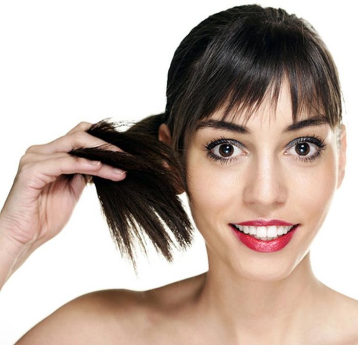 pelo castaño largo y grueso con flequillo, como hacer peinados faciles y bonitos paso a paso