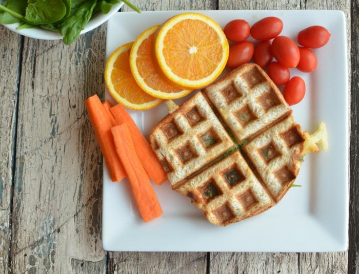 desayuno de encanto con gofres, frutas y verduras, propuestas originales y saludables recetas faciles y sanas