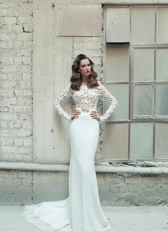 идеас де trajes de novia baratos y bonitos, largo vestido de novia en blanco imperial con parte superior de encaje
