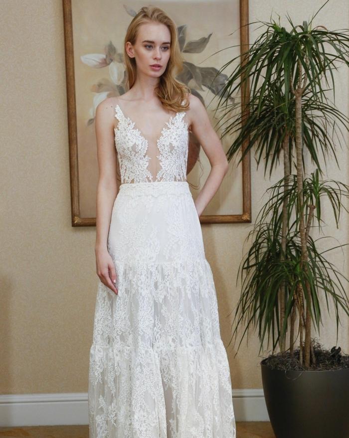 vestido elegante con falda de encaje en capas y parte superior de encaje y tul efecto tatuaje