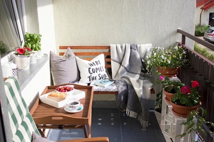 como conseguir un espacios exterior acogedor y bonito, ideas de decoración de terrazas pequeñas y balcones
