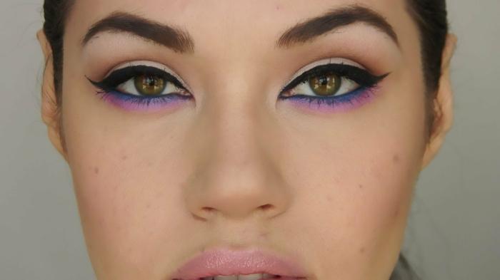 ojos de gato en azul y morado en las pestañas inferiores, maquillaje ojos mirada dramática paso a paso