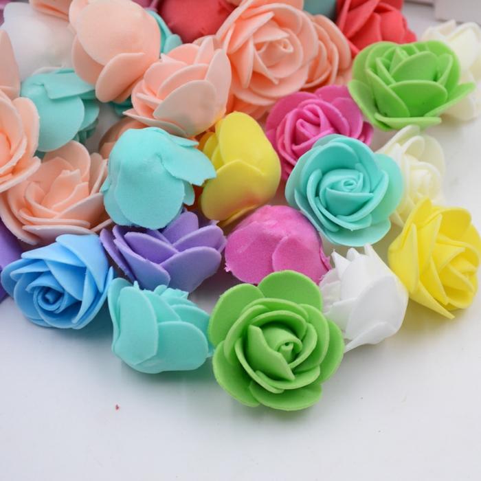 ideas sobre como hacer flores de goma eva paso a paso, pequeñas rosas en diferentes colores para regalar o vender